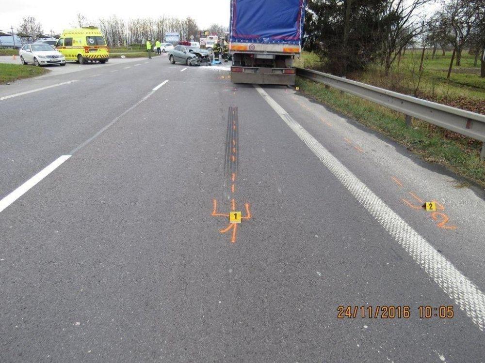 Dopravná nehoda na ceste I/18 - Šibenice, foto 2