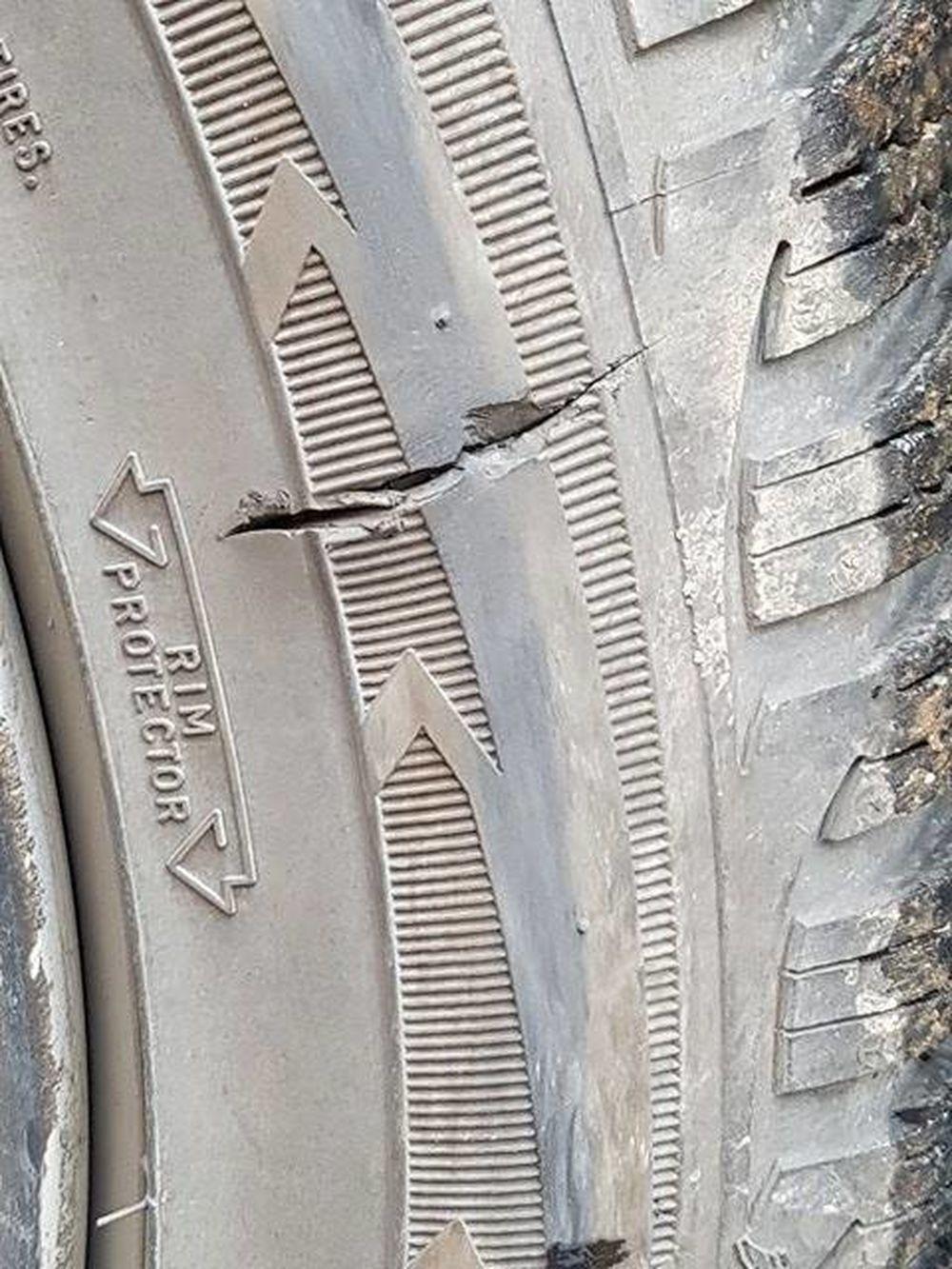 Prepichnuté pneumatiky na osobných autách, foto 1