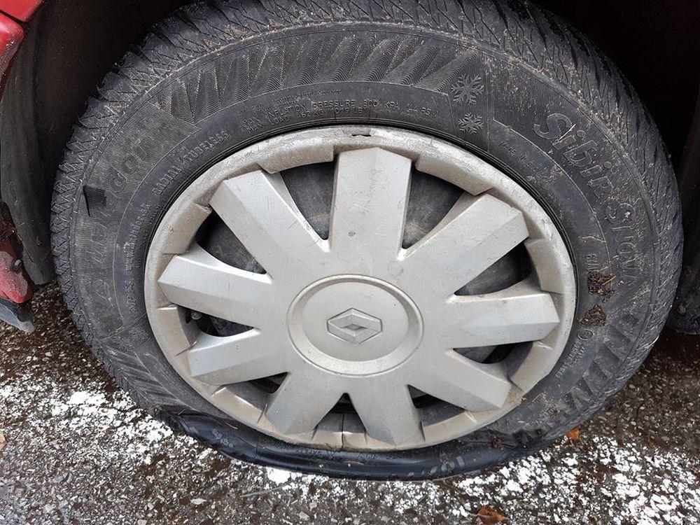 Prepichnuté pneumatiky na osobných autách, foto 3
