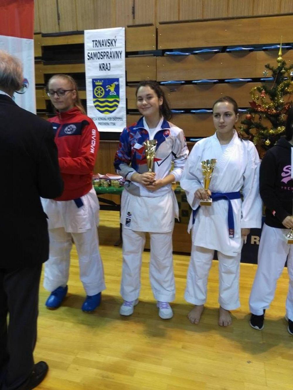 Úspechy Karate klub Žilina Trnava 3.12.2016 - 4.12.2016, foto 2