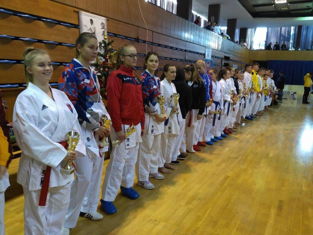 Úspechy Karate klub Žilina Trnava 3.12.2016 - 4.12.2016, foto 6