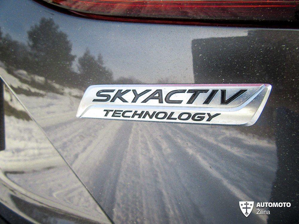 Mazda 3 2,0 Skyactiv G-165 Revolution, foto 6