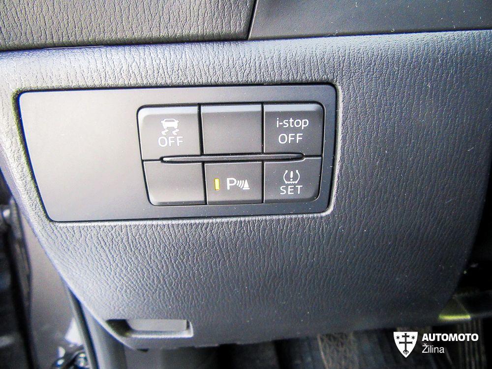 Mazda 3 2,0 Skyactiv G-165 Revolution, foto 16