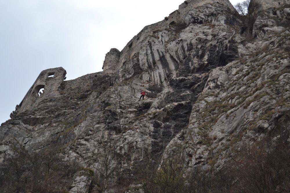 Sanácia hradného brala v Strečne, foto 4