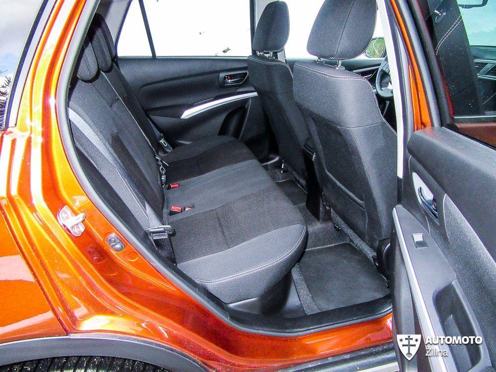 Redakčný test Suzuki SX4 S-Cross, foto 17