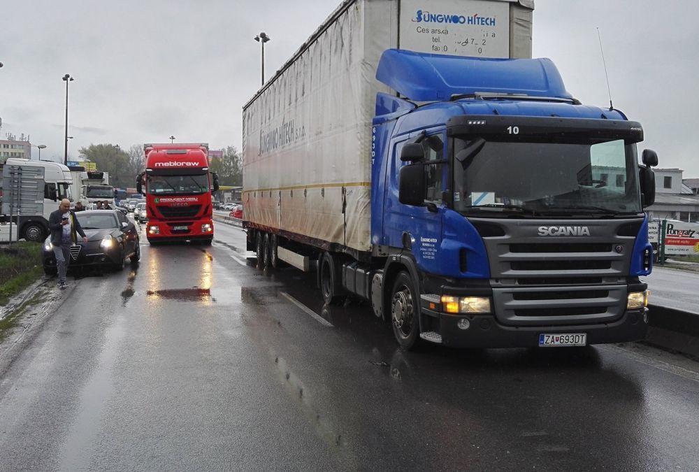 Dopravná situácia v Žiline - 18.4.2017, foto 3