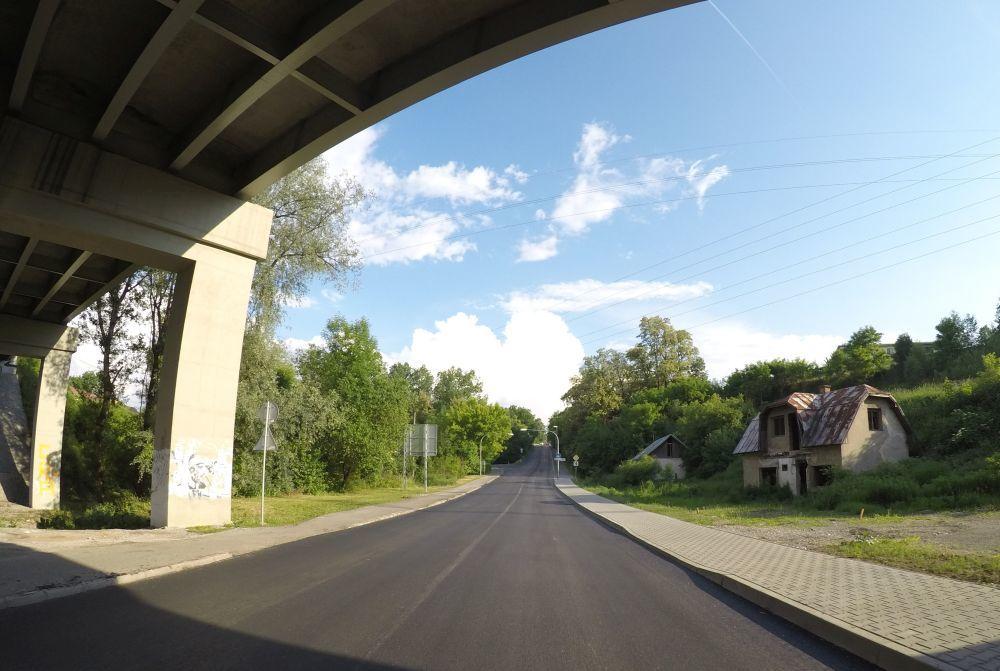 Na Rosinskej ceste začali s frézovaním starej cesty, foto 6