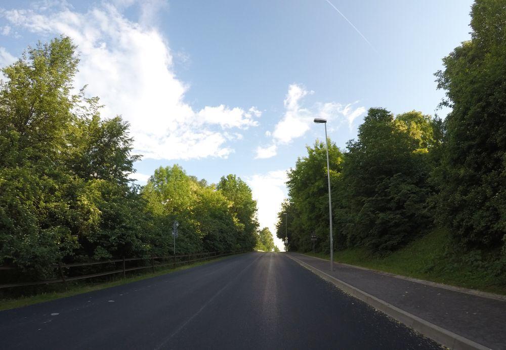 Na Rosinskej ceste začali s frézovaním starej cesty, foto 8