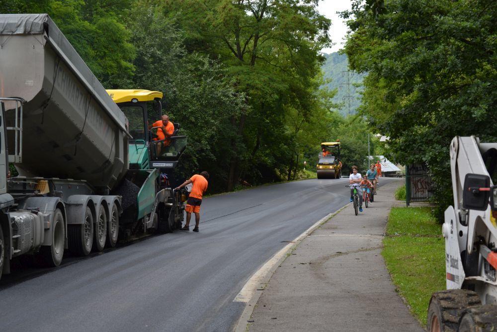 Rekonštrukcia cesty III. triedy v mestskej časti Rosinky, foto 6