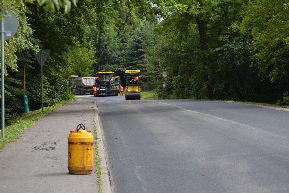 Rekonštrukcia cesty III. triedy v mestskej časti Rosinky, foto 9