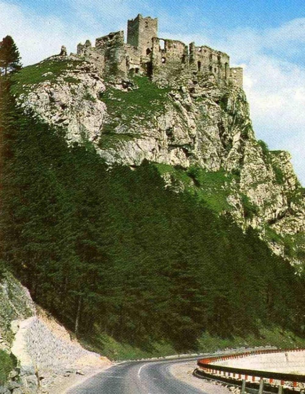Historické fotografie hradu Strečno, foto 2