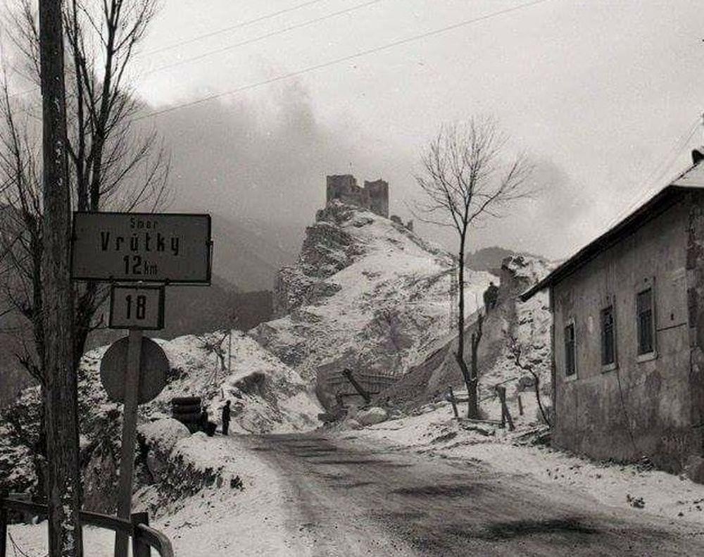 Historické fotografie hradu Strečno, foto 4