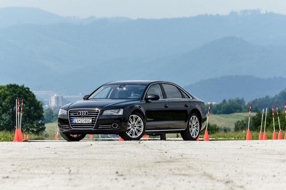 Luxusné Audi A8 Long na predaj - Žilinský samosprávny kraj, foto 1