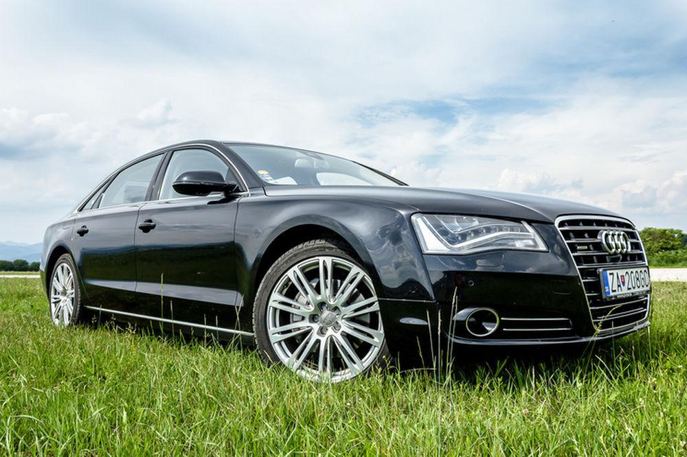 Luxusné Audi A8 Long na predaj - Žilinský samosprávny kraj, foto 2
