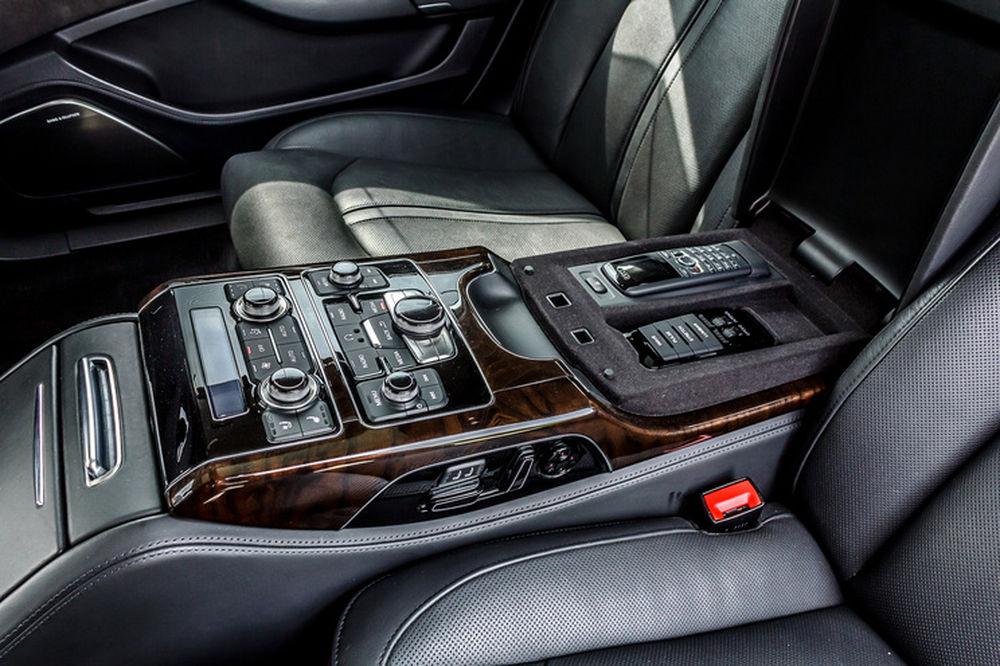 Luxusné Audi A8 Long na predaj - Žilinský samosprávny kraj, foto 4