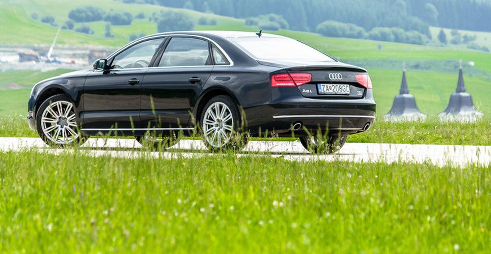 Luxusné Audi A8 Long na predaj - Žilinský samosprávny kraj, foto 9