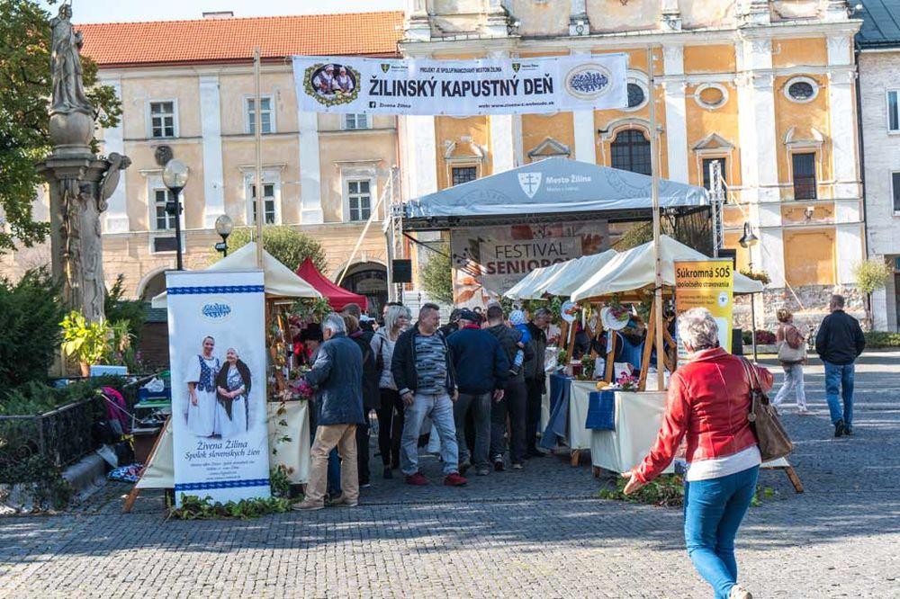 FOTO: Žilinský kapustný deň na Mariánskom námestí v Žiline, foto 3