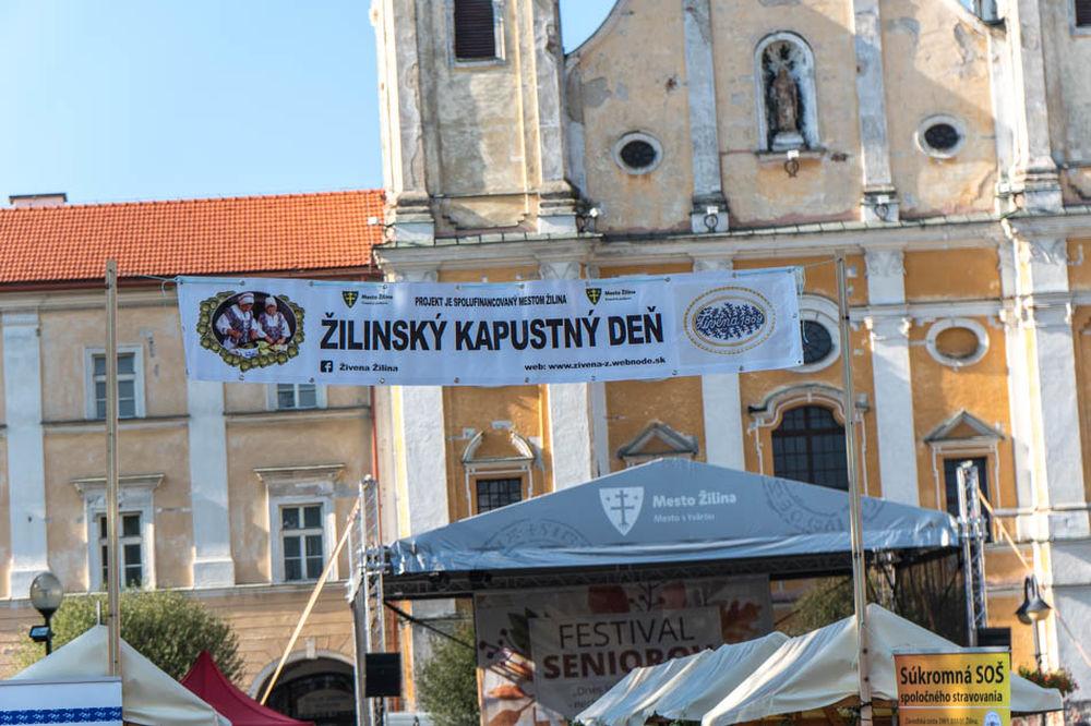 FOTO: Žilinský kapustný deň na Mariánskom námestí v Žiline, foto 2