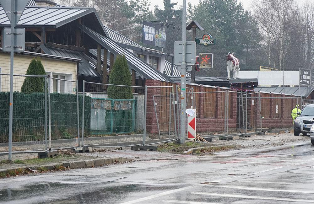 FOTO: Výstavba chodníka a cyklochodníka na sídlisku Solinky, foto 7