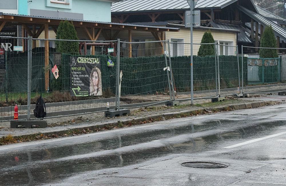 FOTO: Výstavba chodníka a cyklochodníka na sídlisku Solinky, foto 6