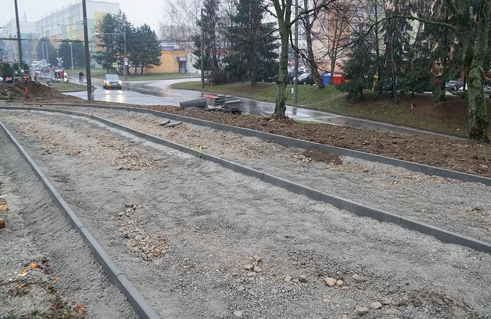 FOTO: Výstavba chodníka a cyklochodníka na sídlisku Solinky, foto 2