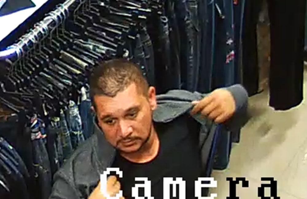 Krádež oblečenie v Liptovskom Mikuláši 15.11.2018