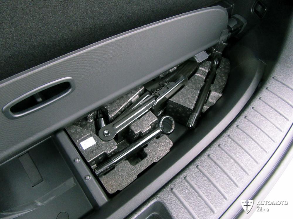 Redakčný test Hyundai Santa Fe, foto 17