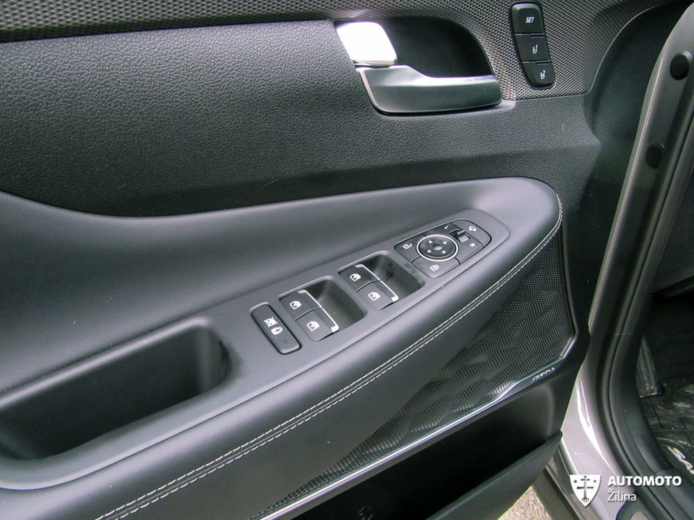 Redakčný test Hyundai Santa Fe, foto 31