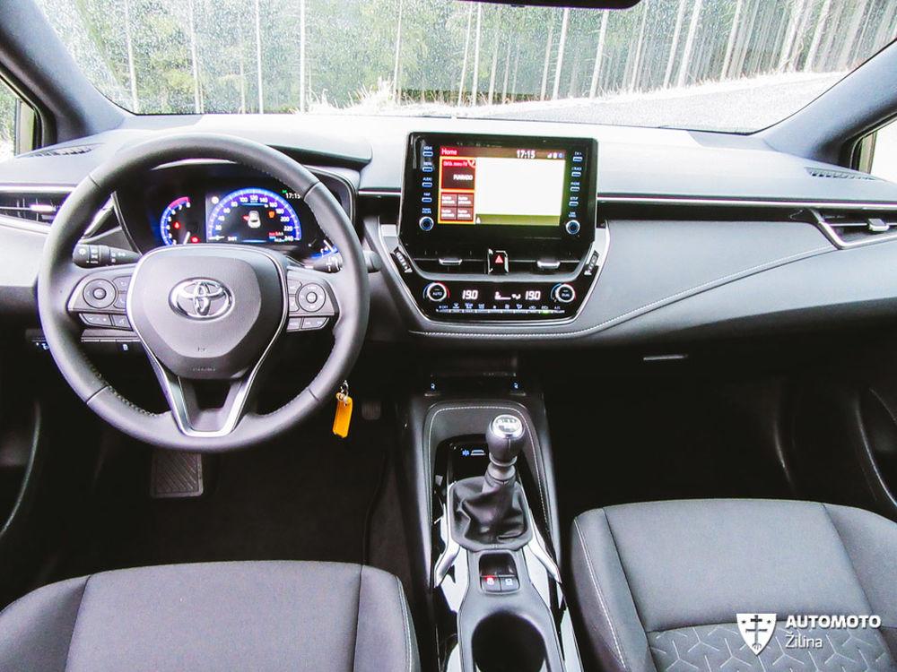 Redakčný test Toyota Corolla, foto 25