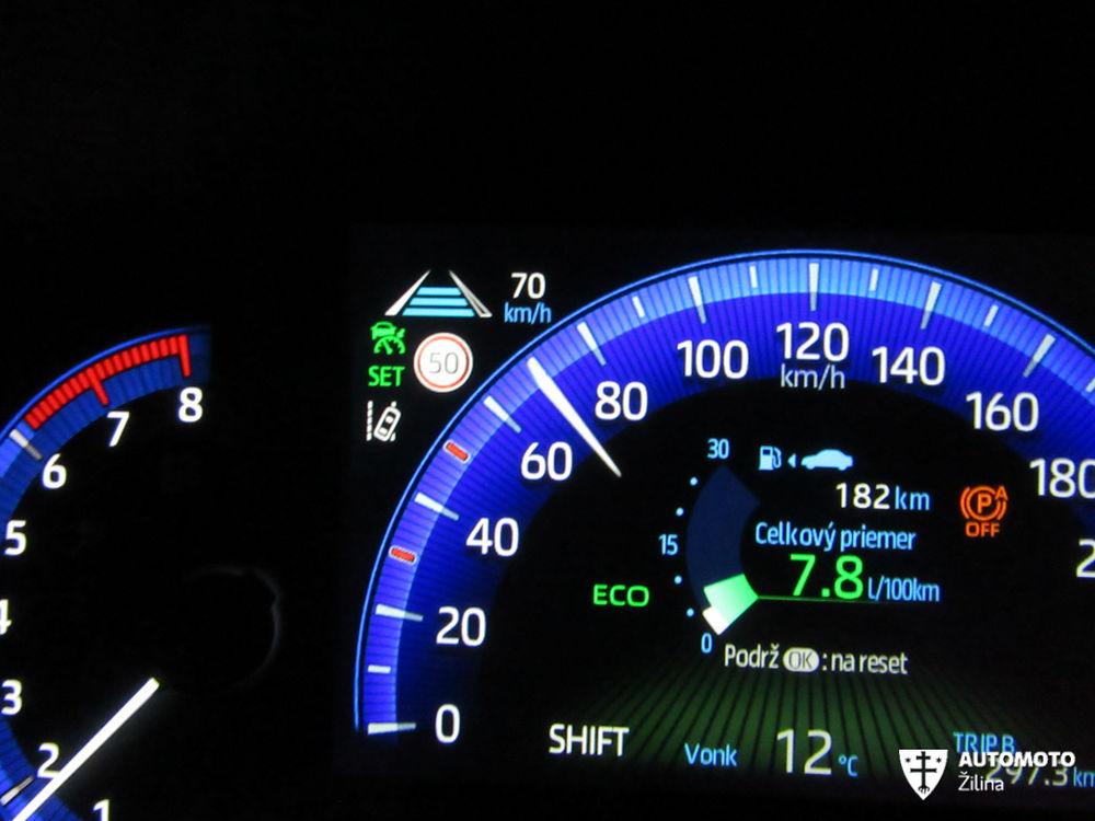 Redakčný test Toyota Corolla, foto 31