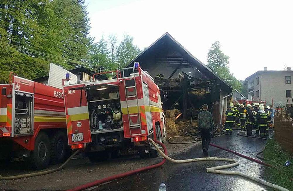 Požiar rodinného domu a prístavby v katastri obce Skalité 18.5.2019, foto 3