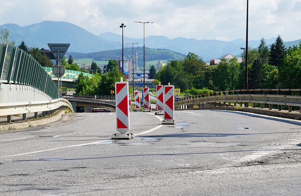 FOTO: Na okružnej križovatke Rondel bola zavedená obojsmerná premávka, foto 8