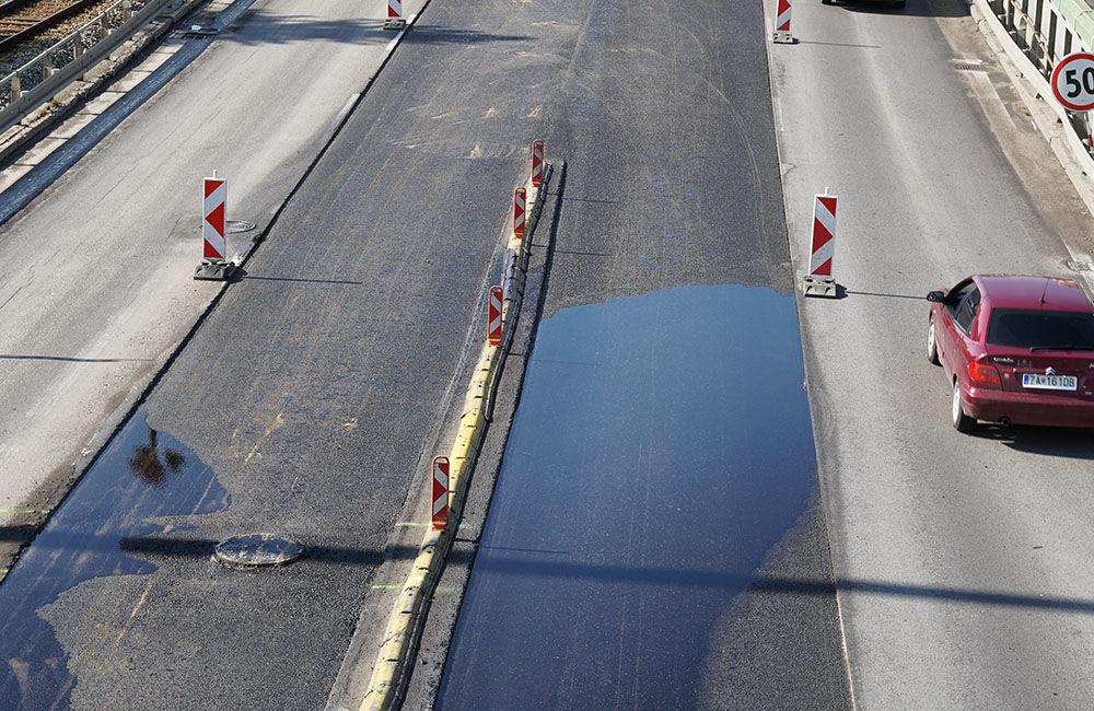 FOTO: Slovenská správa ciest urýchľuje rekonštrukciu cesty pod Rondlom, asfaltuje sa už od rána, foto 7