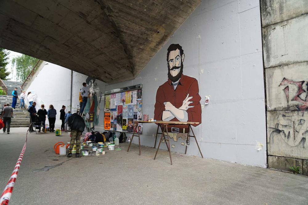 FOTO: Študenti už začali s maľovaním druhej strany Bernoláčky, zároveň opravili prvú, foto 4