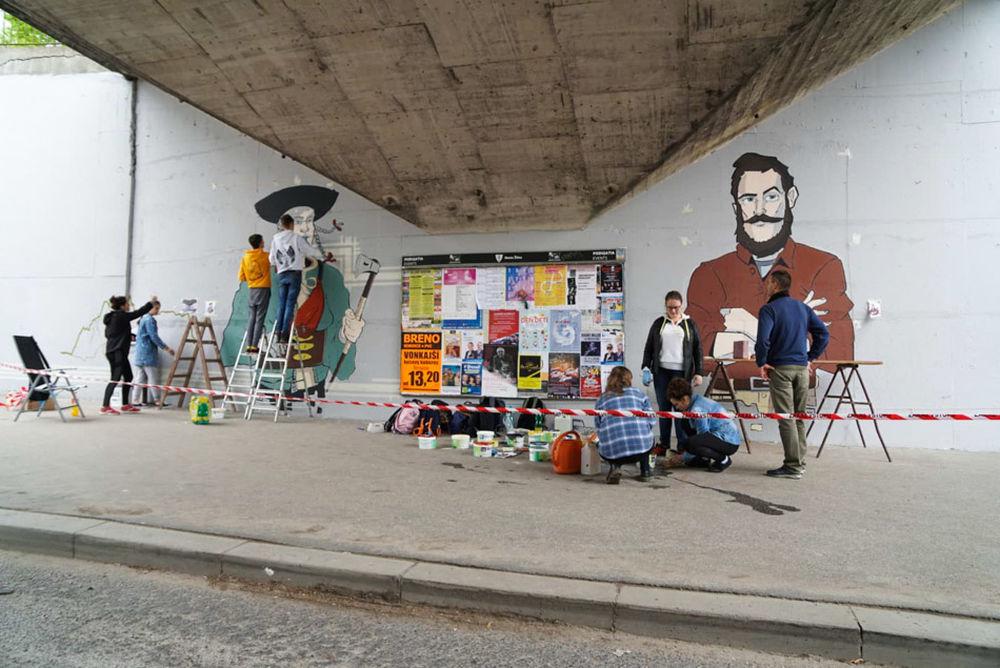 FOTO: Študenti už začali s maľovaním druhej strany Bernoláčky, zároveň opravili prvú, foto 7