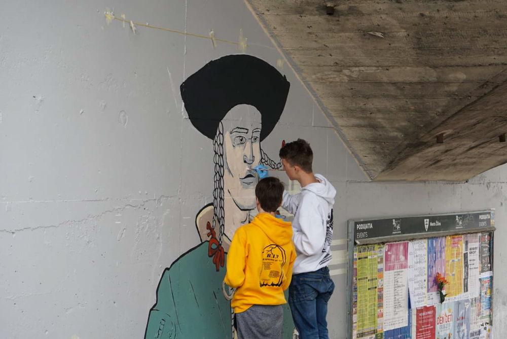 FOTO: Študenti už začali s maľovaním druhej strany Bernoláčky, zároveň opravili prvú, foto 8