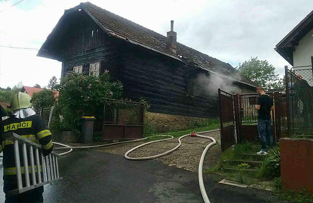 Požiar drevenice v obci Bitarová pri Žiline 20.5.2019, foto 4