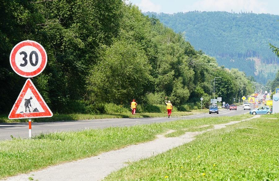 Rekonštrukcia asfaltového krytu vozovky na Rosinskej ceste v Žiline, foto 7