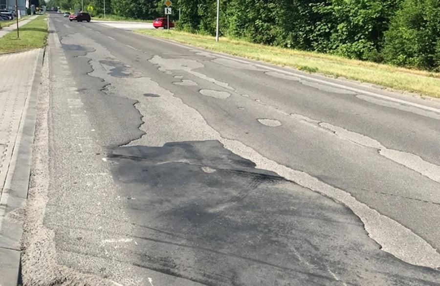 Rekonštrukcia asfaltového krytu vozovky na Rosinskej ceste v Žiline, foto 11