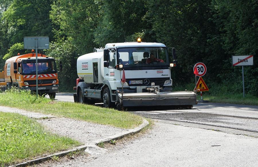 Rekonštrukcia asfaltového krytu vozovky na Rosinskej ceste v Žiline, foto 4