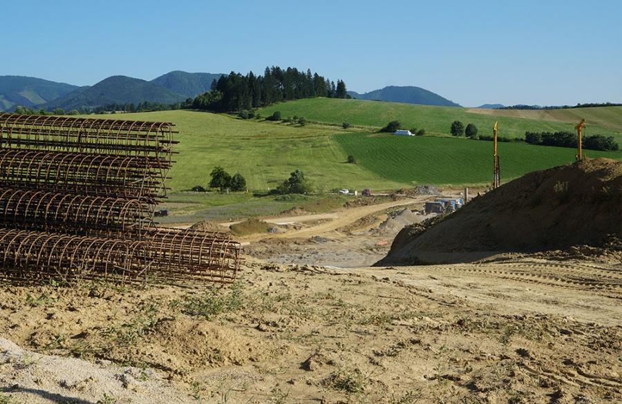 FOTO: Aktuálny stav prác na stavbe diaľničného privádzača 27.6.2019, foto 3