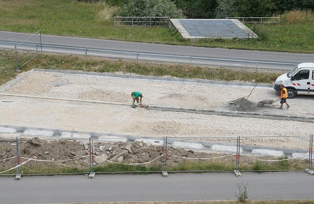 FOTO: Pri skateparku na Vodnom diele Žilina vzniká nové parkovisko, foto 1