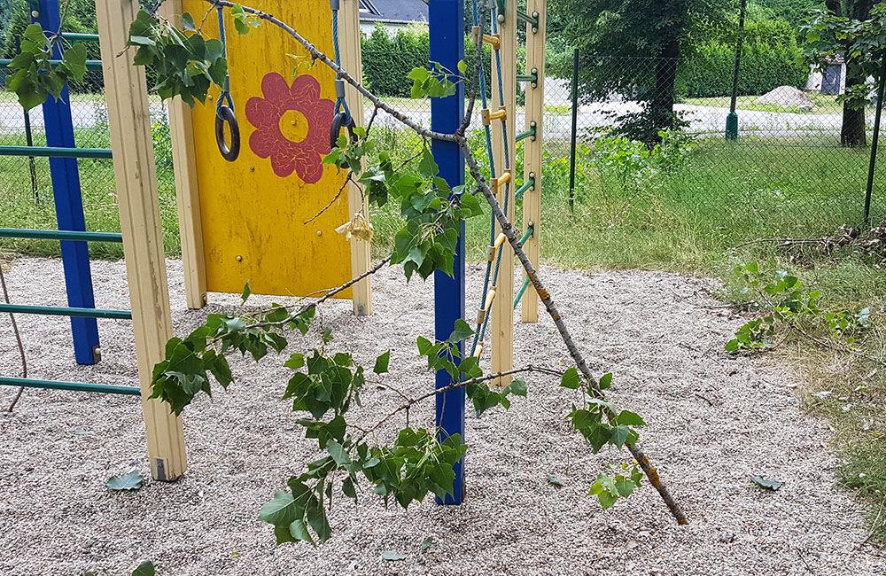 Detské ihrisko a park v mestskej časti Rosinky, foto 1