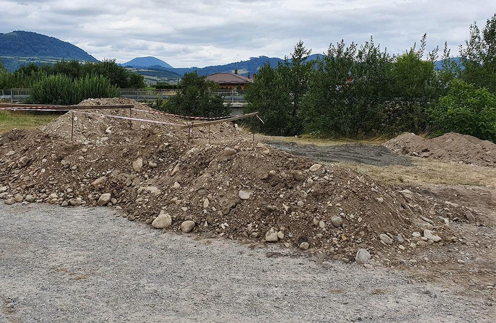 Budovanie nového parkoviska na Vodnom diele pri obci Mojš, foto 1