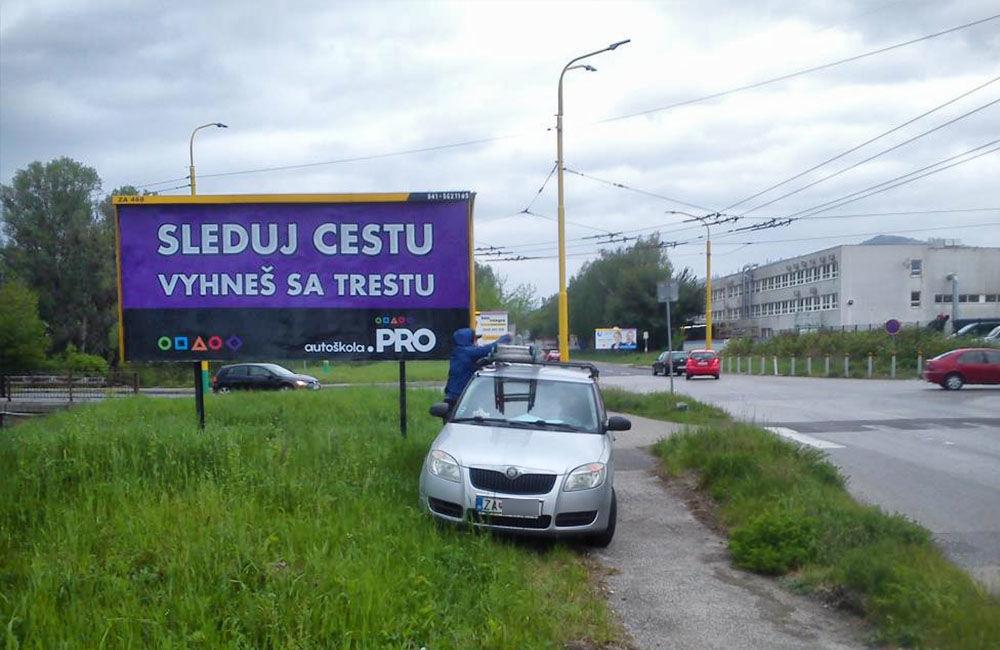 Autoškola PRO apeluje na vodičov v Žiline prostredníctvom bilbordov, foto 2