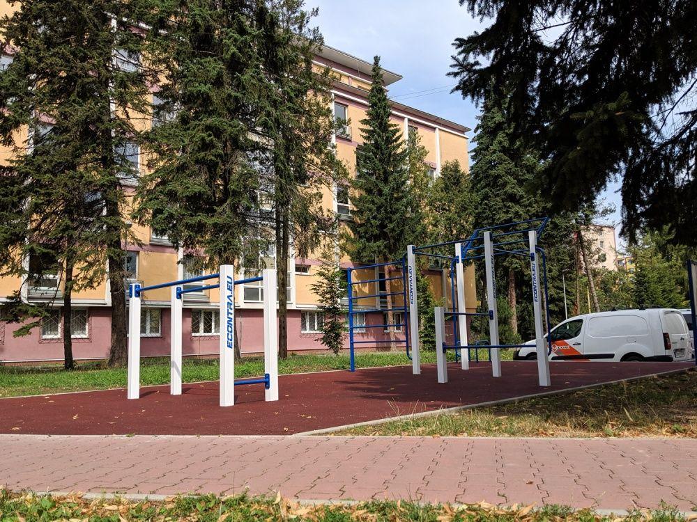 Workout ihrisko Hliny Žilina areál internátov UNIZA, foto 2