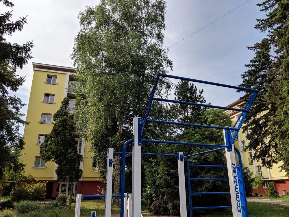 Workout ihrisko Hliny Žilina areál internátov UNIZA, foto 9