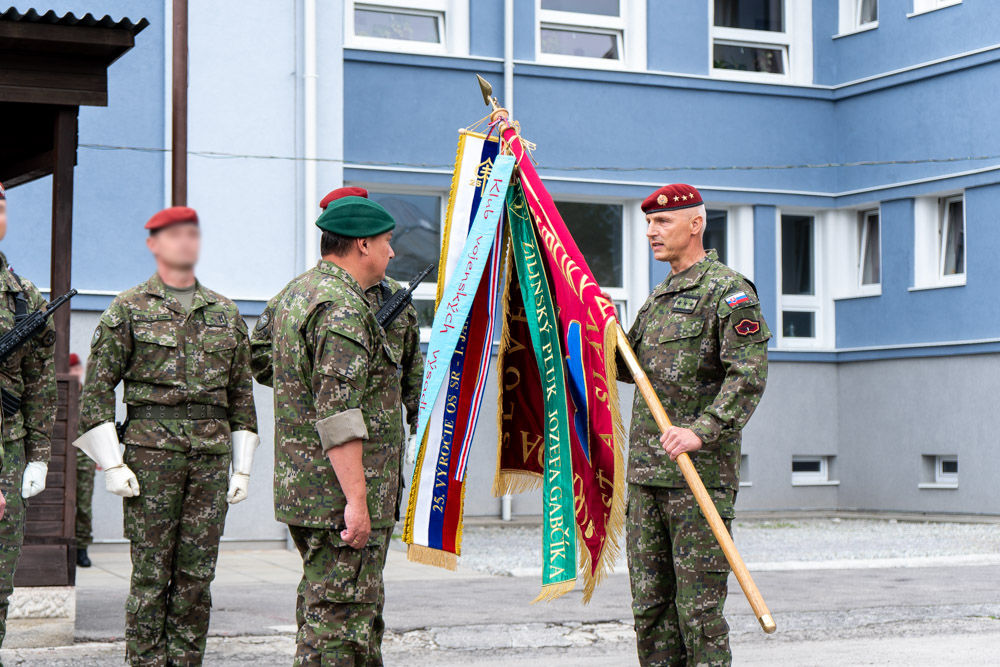 FOTO: Výmena veliteľa 5. pluku špeciálneho určenia v Žiline, foto 13