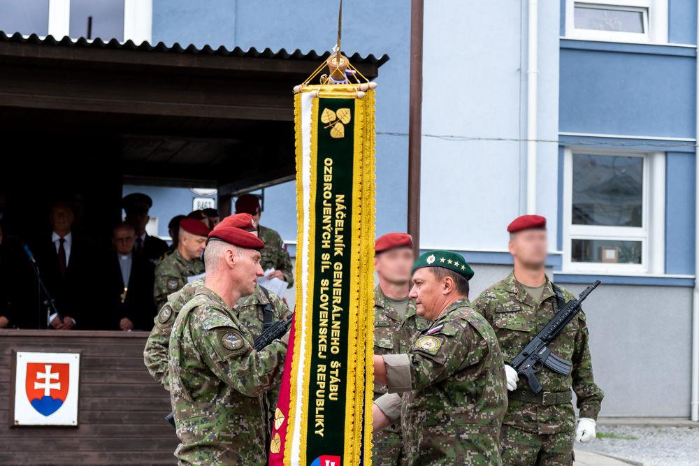 FOTO: Výmena veliteľa 5. pluku špeciálneho určenia v Žiline, foto 16