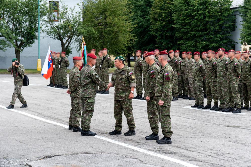 FOTO: Výmena veliteľa 5. pluku špeciálneho určenia v Žiline, foto 17